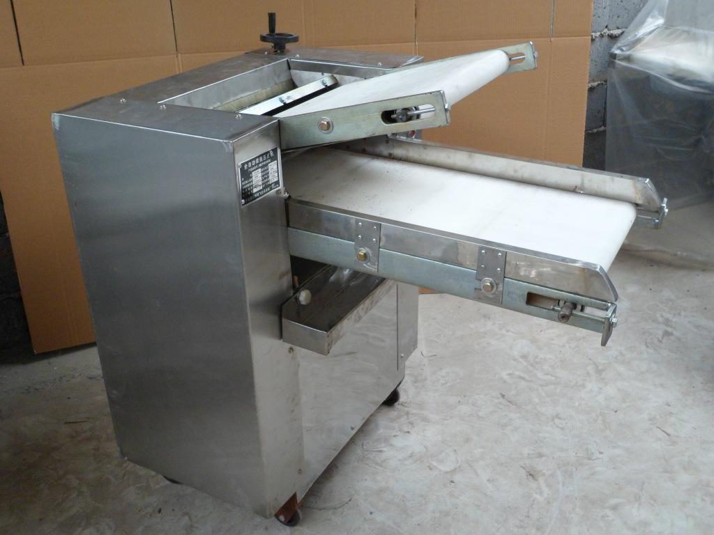供应YMZD350不锈钢全自动压面机,方卷子机等炊事机械