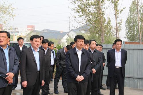 崔洪刚市长到市棚户区改造现场调研房屋拆除扬尘污染防治工作