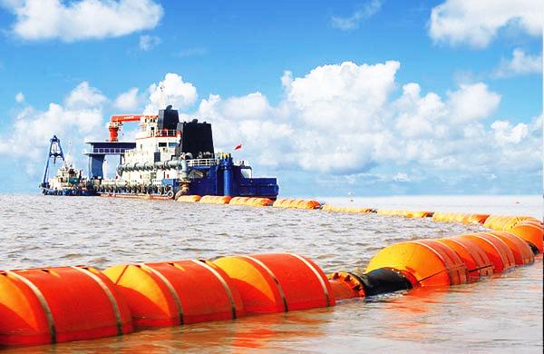 挖泥船疏浚管线配套