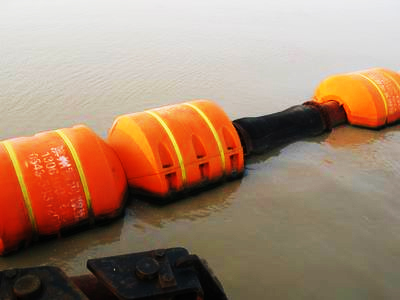 Supporting pipeline floating hose