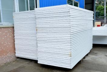 阻燃泡沫净化彩钢复合板(自熄型)